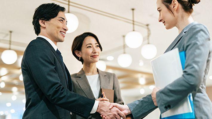 >経営コンサルタントとは?提供サポート・依頼のメリット・選び方を解説!