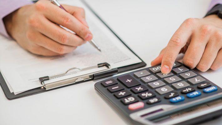 税理士と公認会計士の違い|役割・業務・クライアント・資格などの違いを解説【税理士監修】