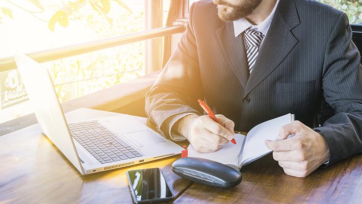 確定申告や税金納付の流れは?基礎知識や税理士選びのコツも解説
