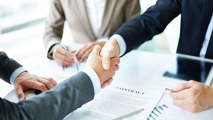 システム開発会社と請負・準委任契約を結ぶ際の注意点【カンタン解説】