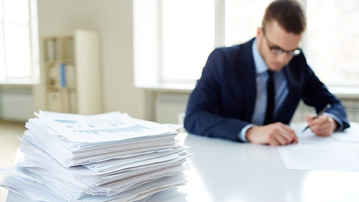 >確定申告に源泉徴収票は不要!必要ない理由と経緯