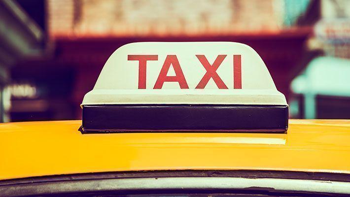 個人タクシーの確定申告ガイド【どこまで経費で落とせる?】