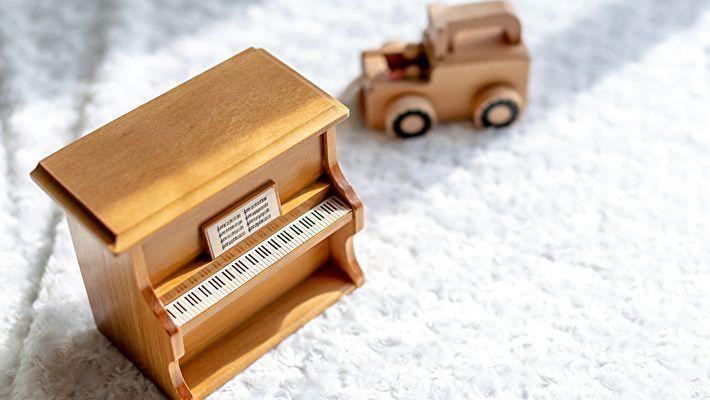 ピアノ運送は高い?費用相場と安く抑えるコツ
